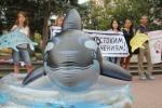 Спасите дельфинов, пока они живы