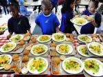 Джеймс                      Кэмерон создаёт первую веганскую школу, исключая из школьного                      рациона мясные и молочные продукты