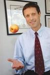 Нил Барнард, доктор медицины, создатель Комитета врачей за ответственную медицину</em>